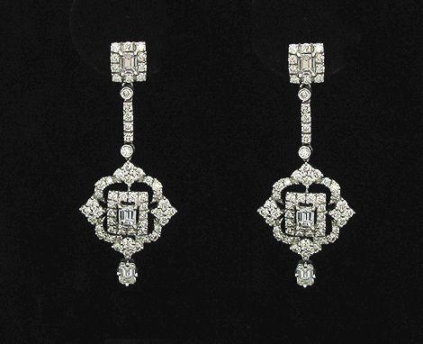 18K White Gold Dangle Earrings w/ Diamonds, Emerald Cut
